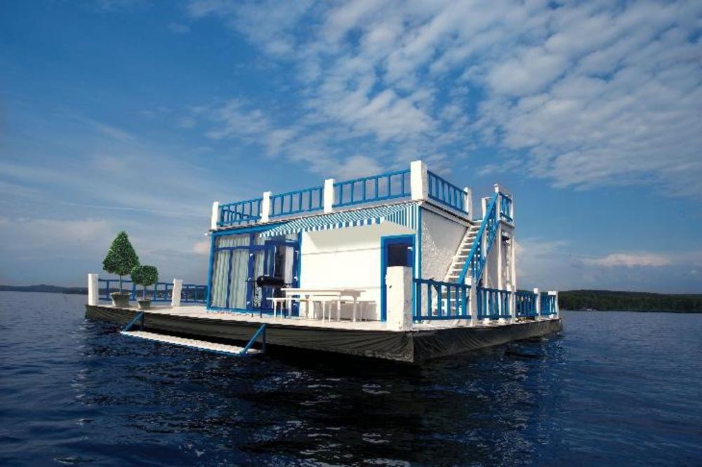 Картинки по запросу Плавающий дом
