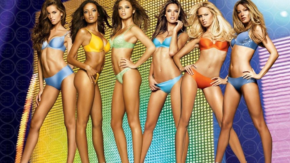 Сексапильные модели оголили идеальные тела  146707