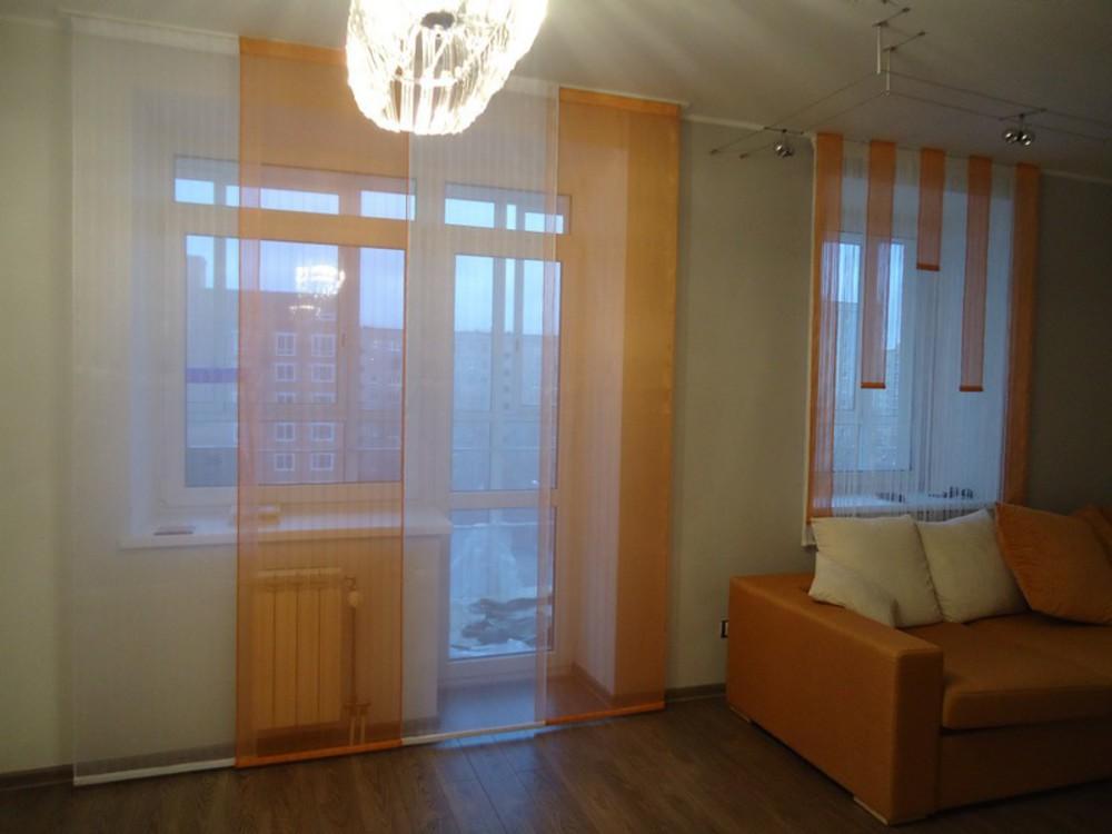 Шторы для кухни с балконом.