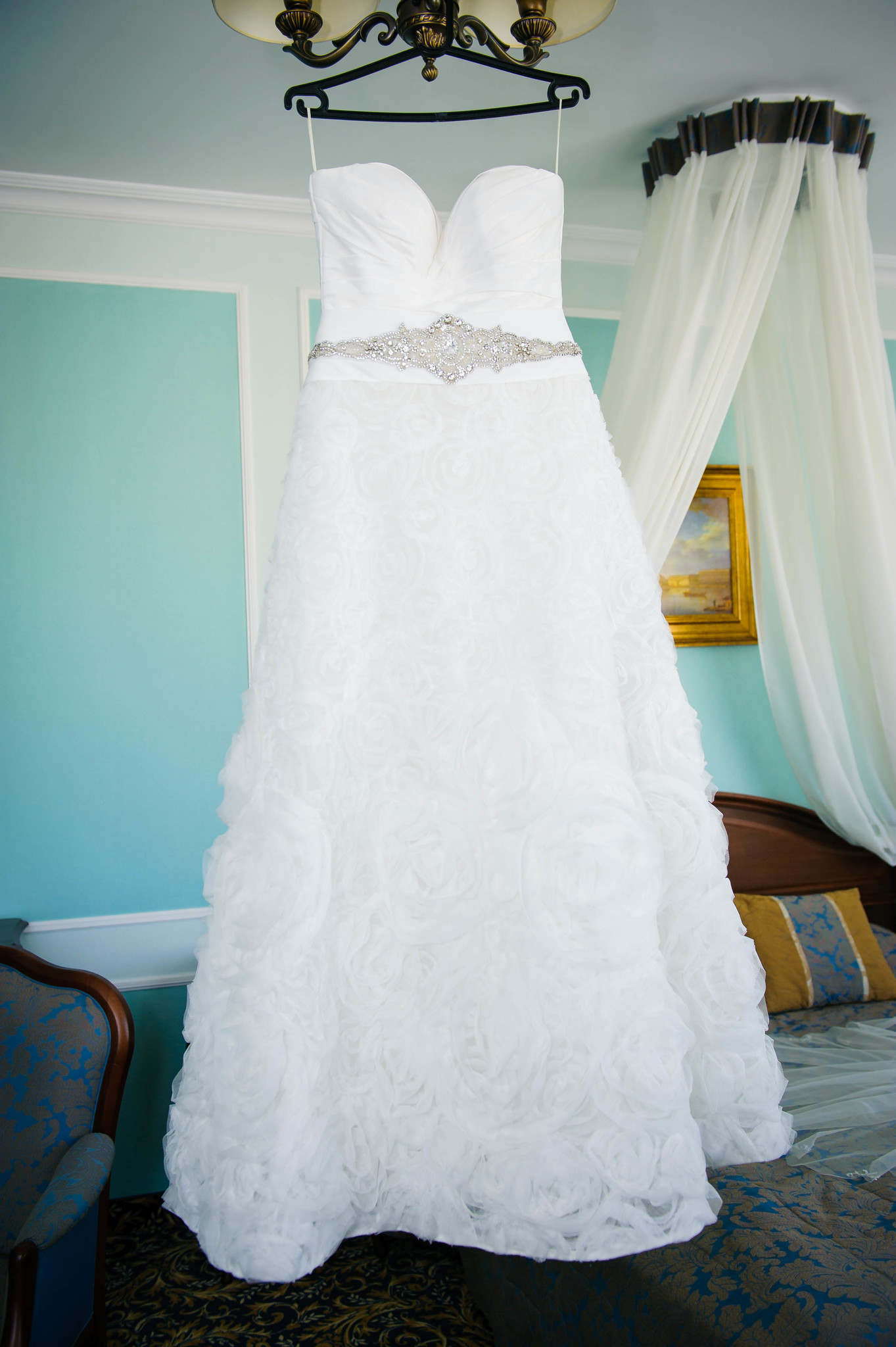 Постирать свадебное платье в домашних условиях