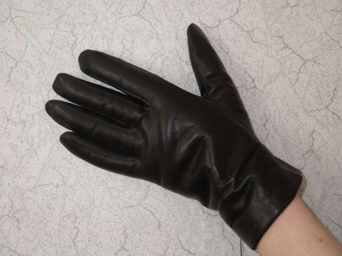 Продам перчатки жен 6,5р черные, элеганза на 100% нат. шерсти, цена 1020...