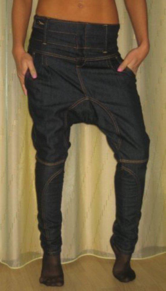 Как из двух старых брюк сшить одни