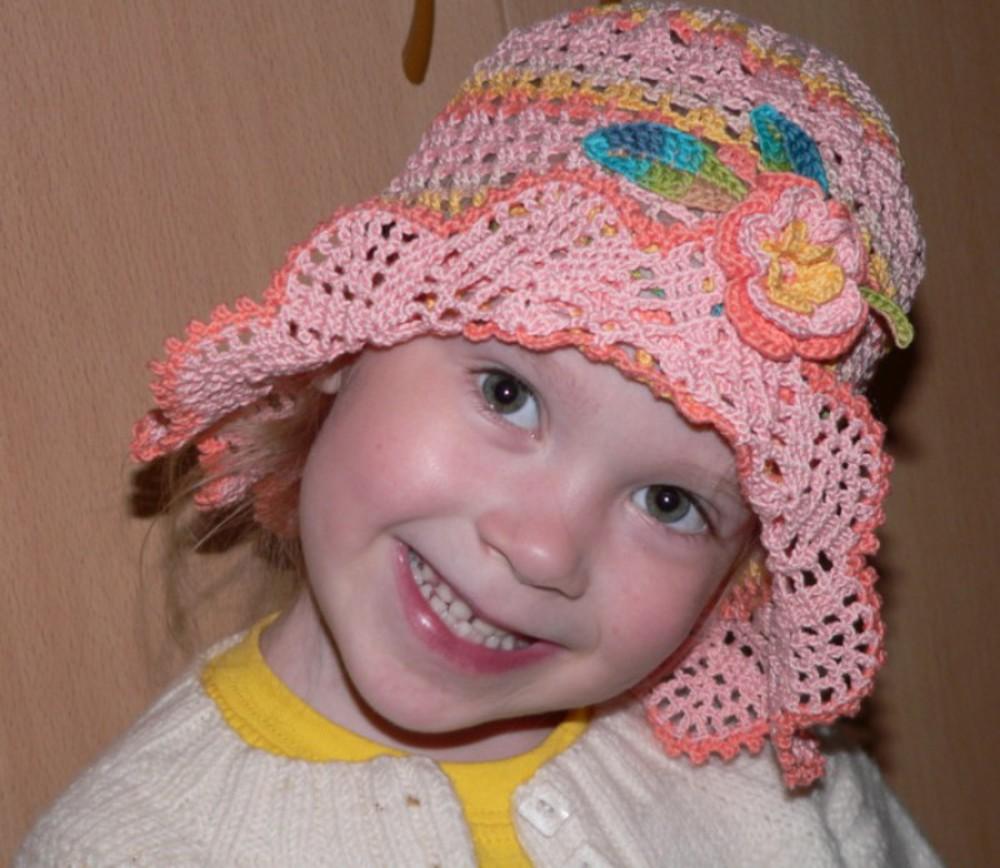 Вязание головные уборы для девочек 26